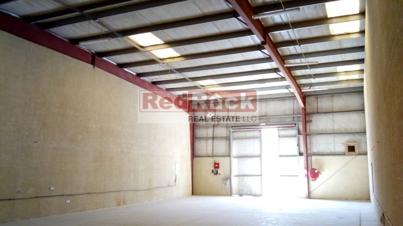 With Spacious Office 3800 Sqft Neat Warehouse in DIP