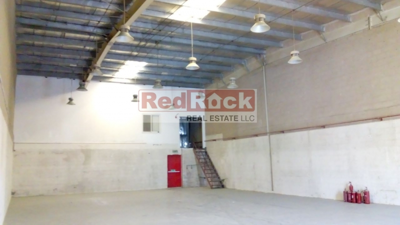With Mezzanine Office 3975 Sqft Warehouse in DIP