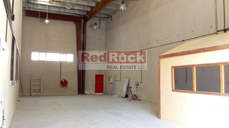Only Aed 84,000 for 2100 Sqft Warehouse with Office & Washroom in DIP