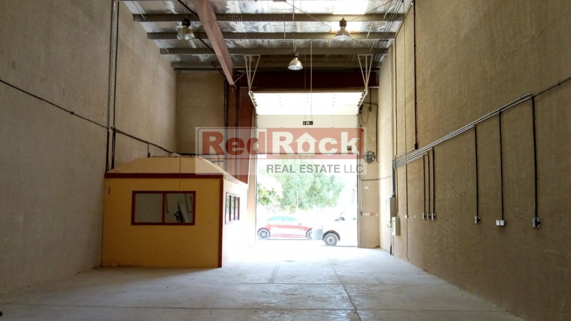 2100 Sqft Warehouse with Office & Washroom in DIP