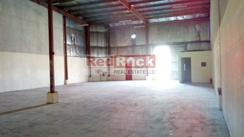 With Container Loading Area 4515 Sqft Warehouse in DIP