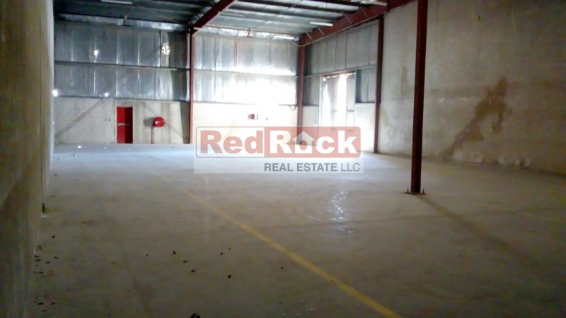 Ideal for Car Detailing 5031 Sqft Warehouse in DIP