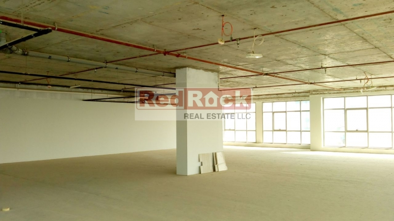 Corner Unit 3538 Sqft Commercial Office in DIP for Aed 175,000/Yr