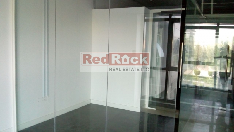Semi Fitted 1451 Sqft Commercial Office in Good Location of DIP