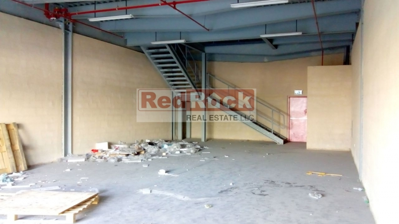 Warehouse cum Showroom of 3066 Sqft at Excellent Location of DIP