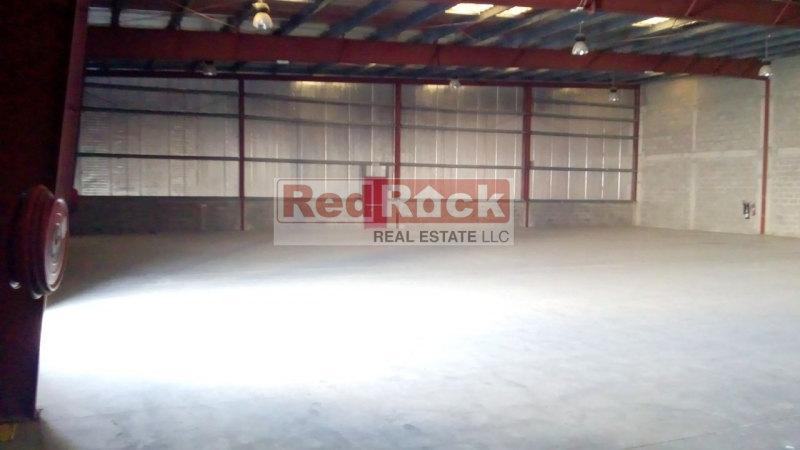Well Maintained 8400 Sqft Fantastic Warehouse in DIP