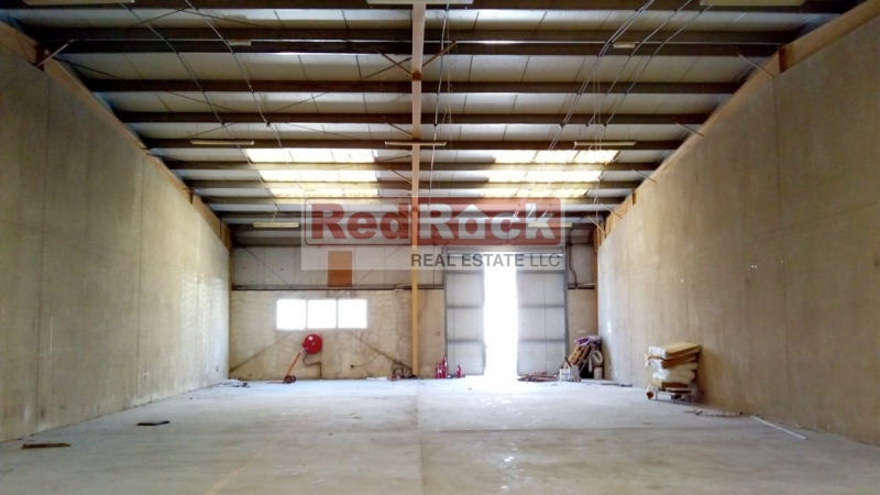 Clean 3500 Sqft Warehouse in Jebel Ali for Aed 105,000/Yr Incl Tax