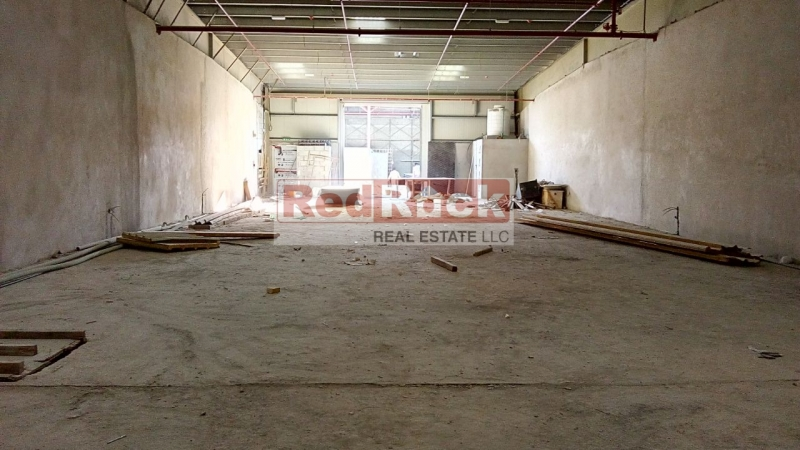 2800 Sqft Warehouse in Noticeable Location of Al Quoz