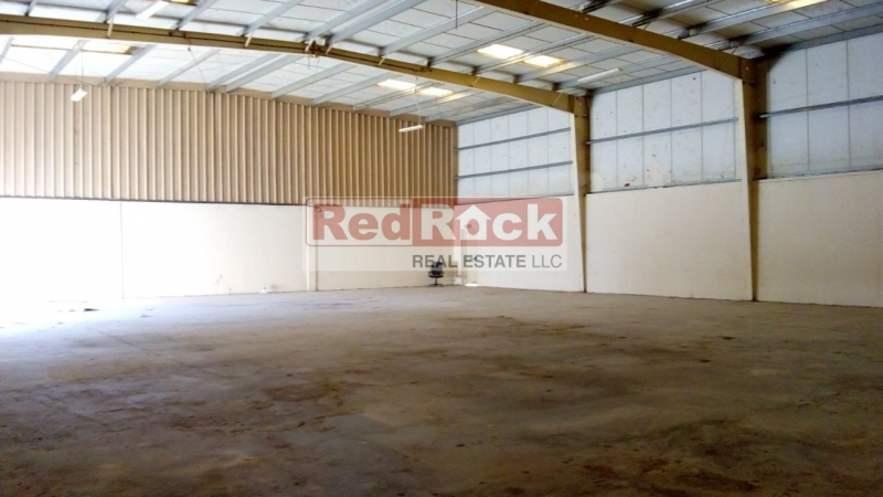 Neat & Tidy 4816 Sqft Commercial Warehouse in DIP
