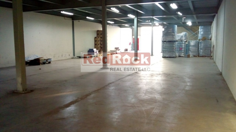 With Mezzanine 10,000 Sqft Clean Warehouse in DIP
