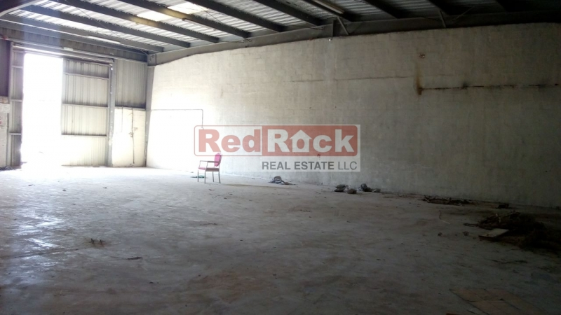 Road Facing Ideal for Carpentry 3000 Sqft Warehouse in Al Quoz