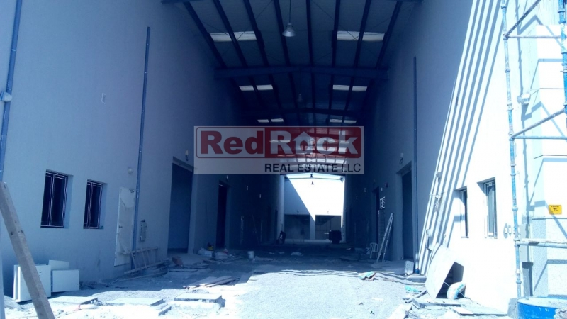 Ideal for Restaurant or Supermarket 4919 Sqft Warehouse in Al Quoz