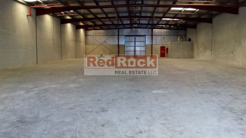 Neat Commercial 9320 Sqft Warehouse in Al Quoz