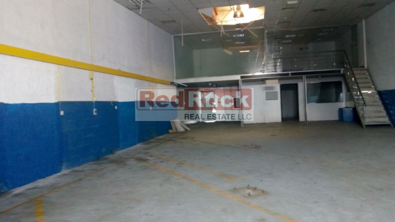Ideal for Garage Road Facing 3000 Sqft with Office in Al Quoz