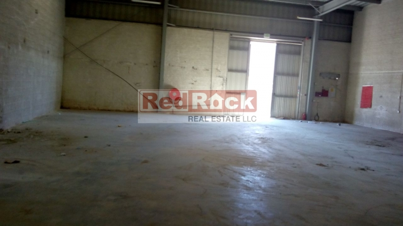 Expansive 34,200 Sqft Commercial Warehouse in Al Quoz