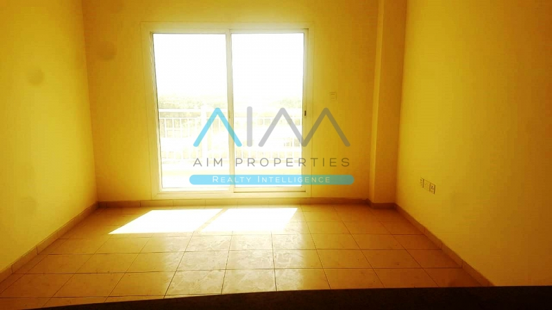 SPACIOUS 3BHK WITH STORE AND MAID ROOM SIZE 1750 MAID ROOM