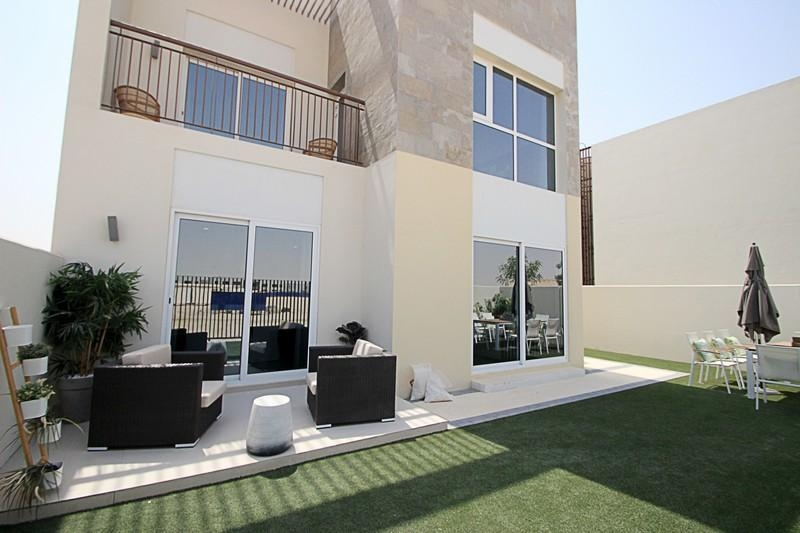 Golf course| Airport| 1 bed on GF| by EMAAR