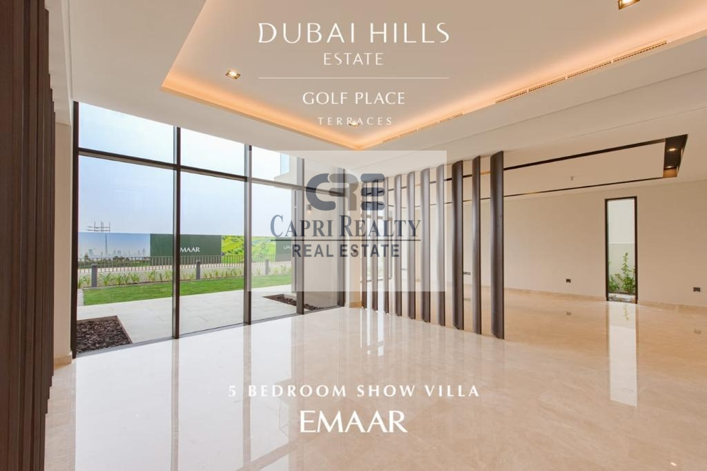 Sky Terrace Mansions on the Golf course by EMAAR