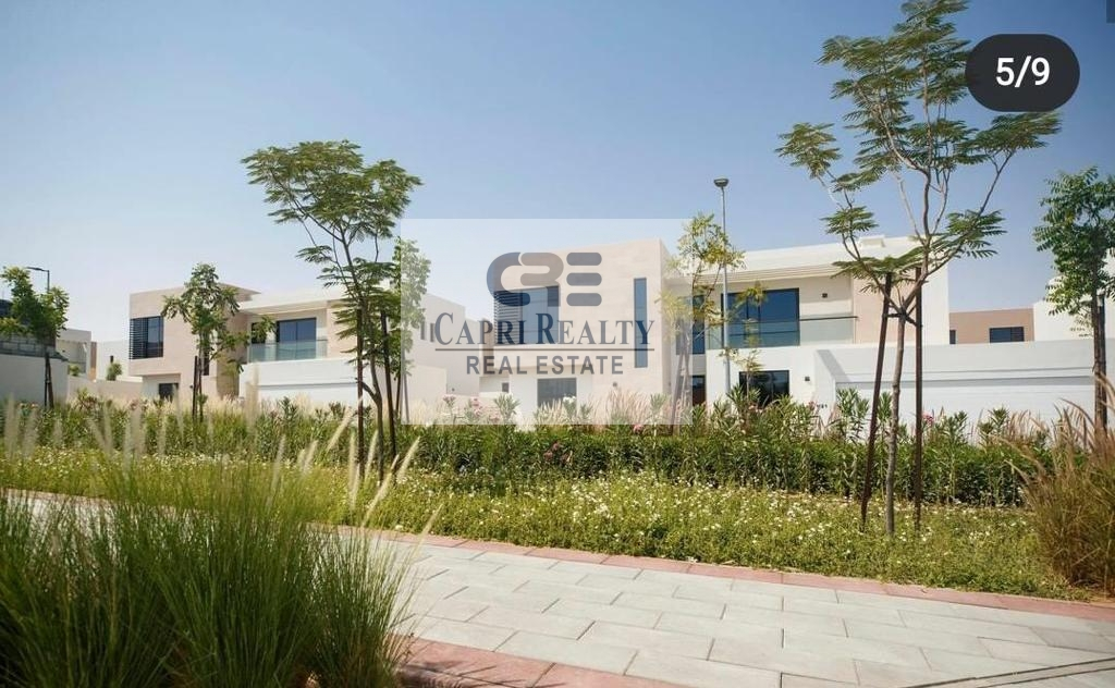 Freehold   30Mins DXB Airport  Independent villa