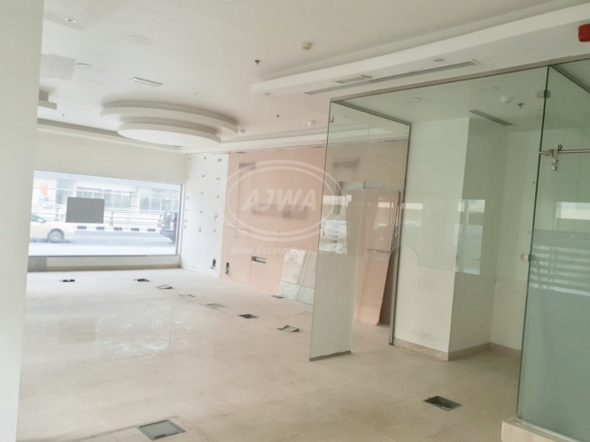 for-sale-retail-shop-for-sale-facing-road-with-good-rental-income-9