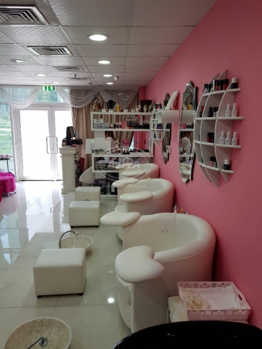for-sale-running-salon-business-opp-jlt-metro-station