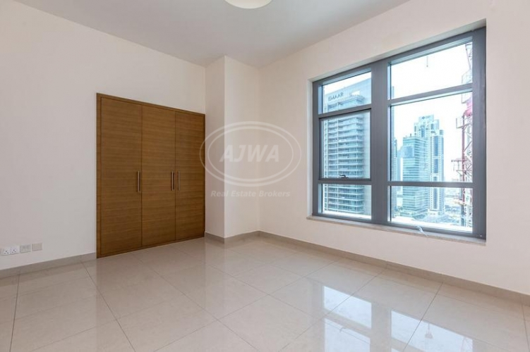 120000-aed-2-bedrooms-bright-and-quiet