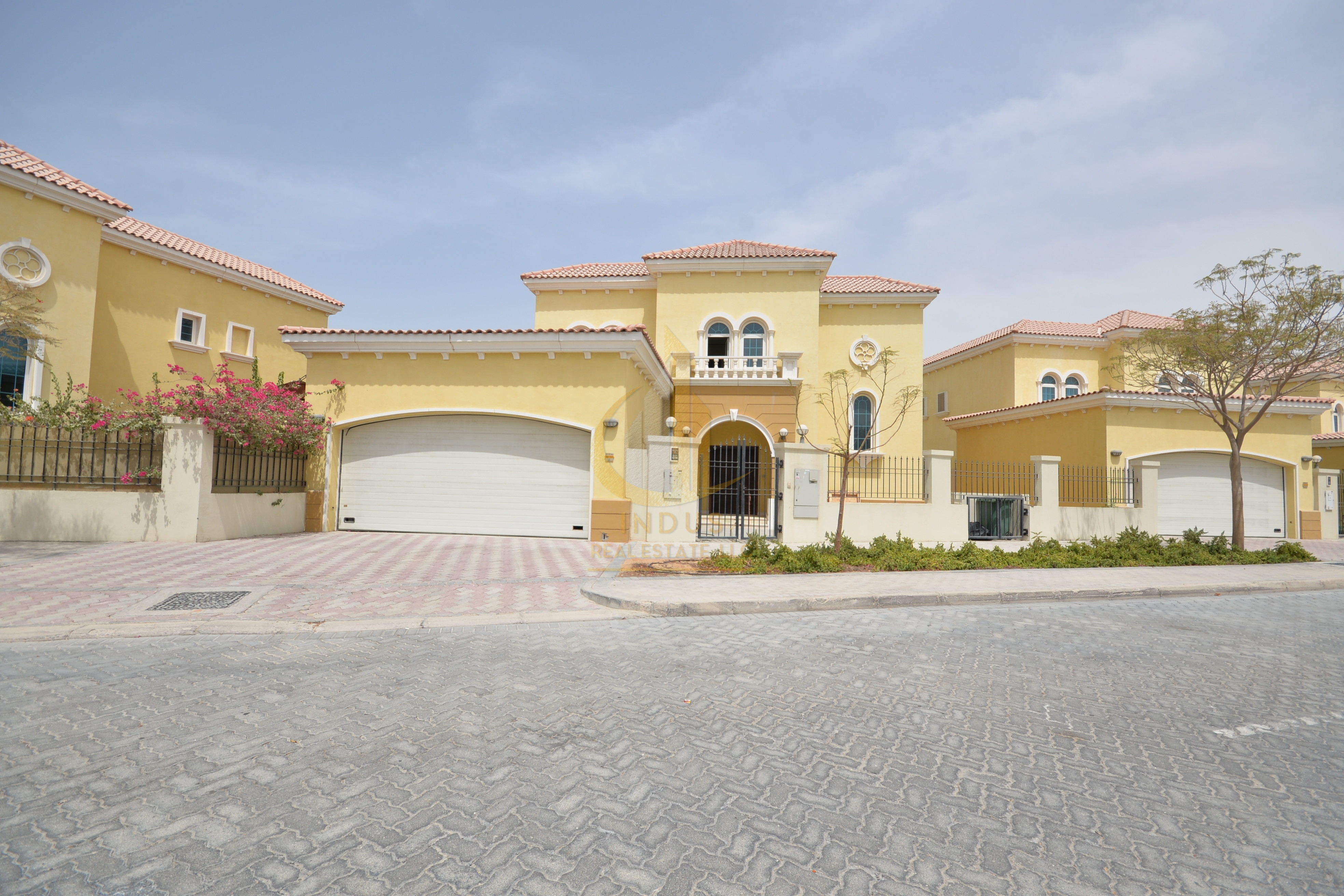 Best Deal | 3Br + M| Well Maintained | District 07 Main image