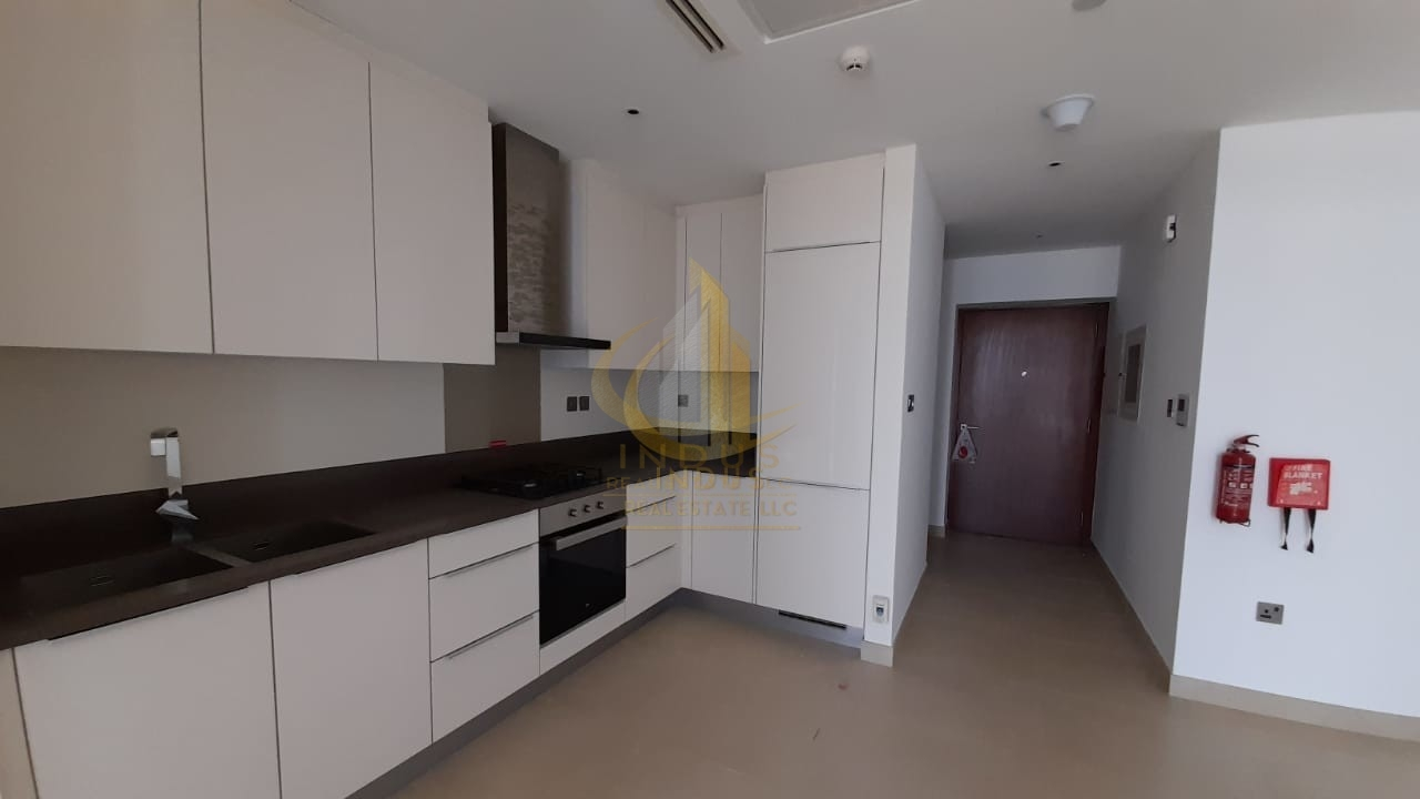 On Higher Floor | Stunning Pool and Marina Views | 1 BHK View