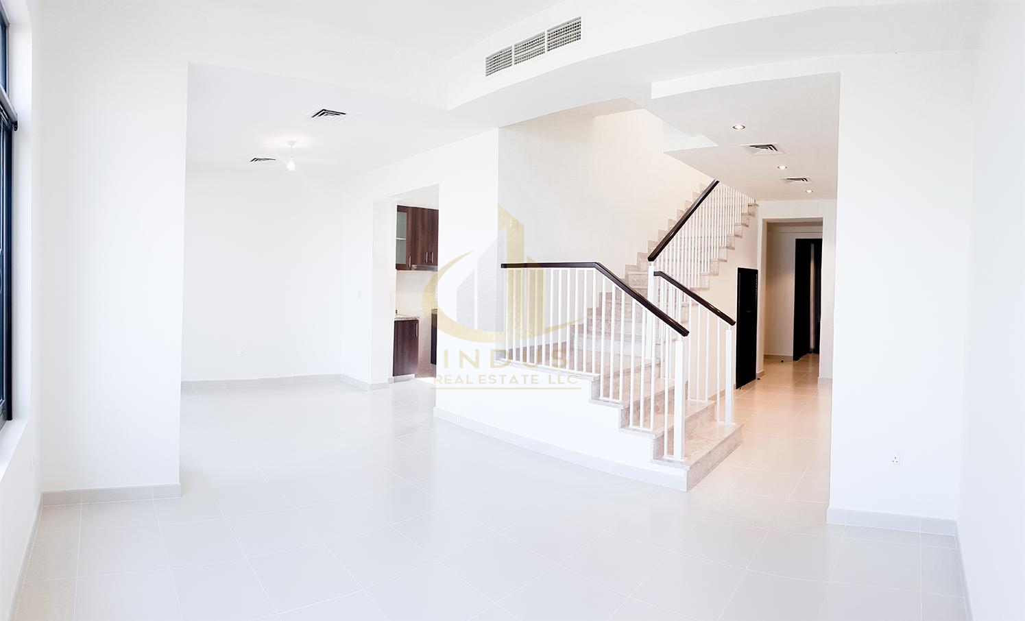 3BR+M+S |Type J |Walking Distance to Pool and Park Main image