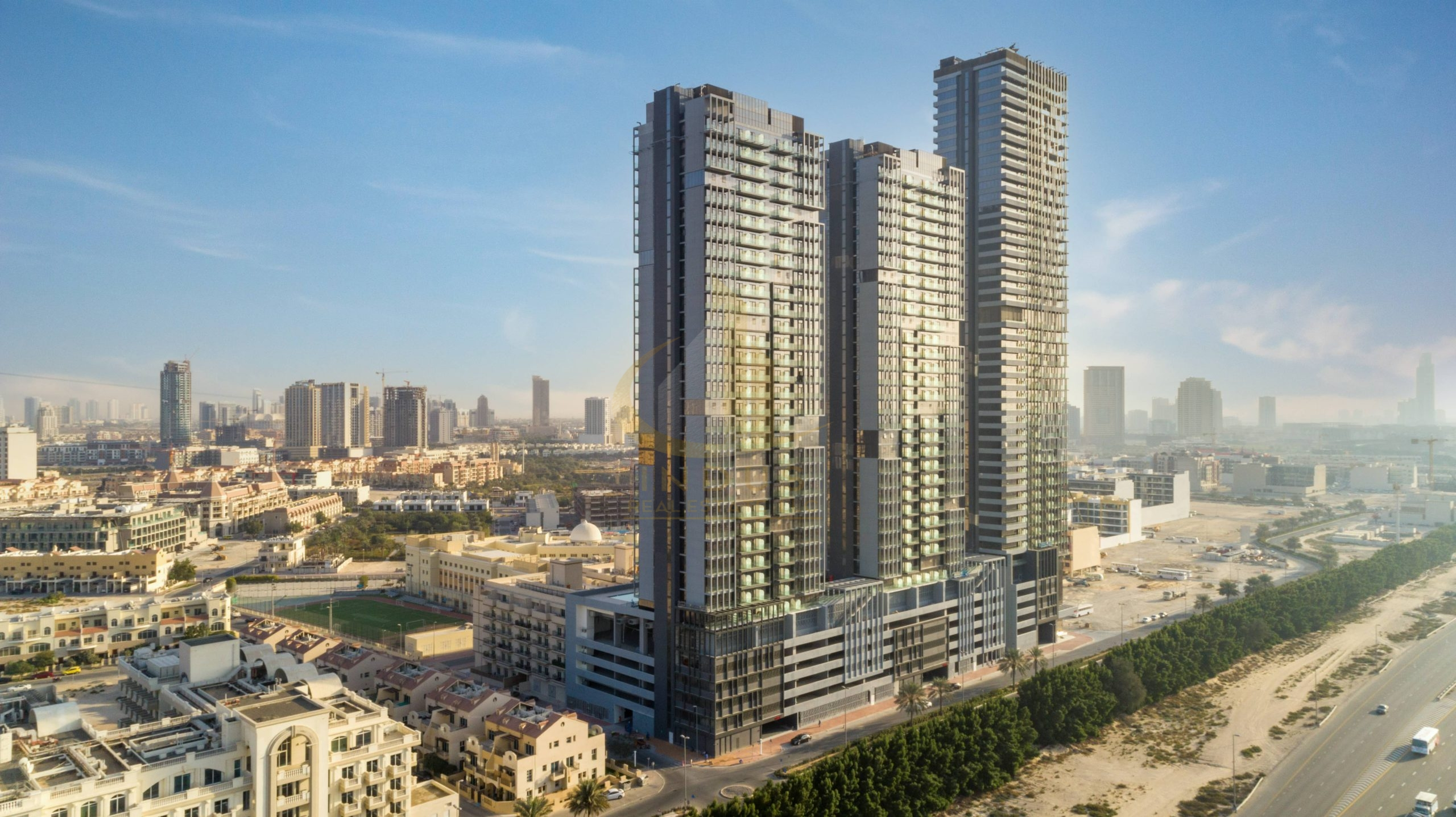 Ready to Move 1 Bedroom | Closed kitchen | Facing SZR Main image