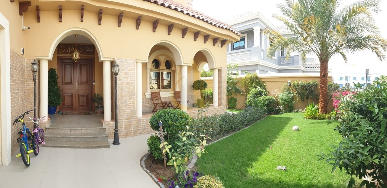 Upgraded Villa Huge Plot 4 Bedroom Andalusian Type View