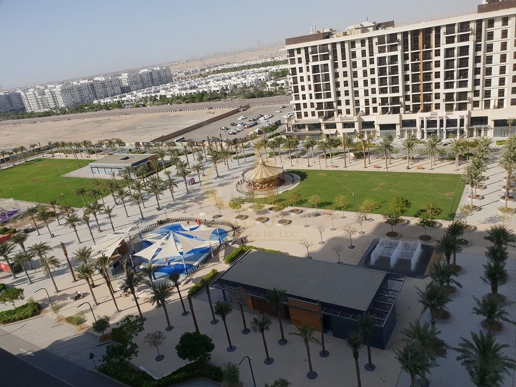 Exclusive | 1BR with Balcony | Facing Pool View Main image