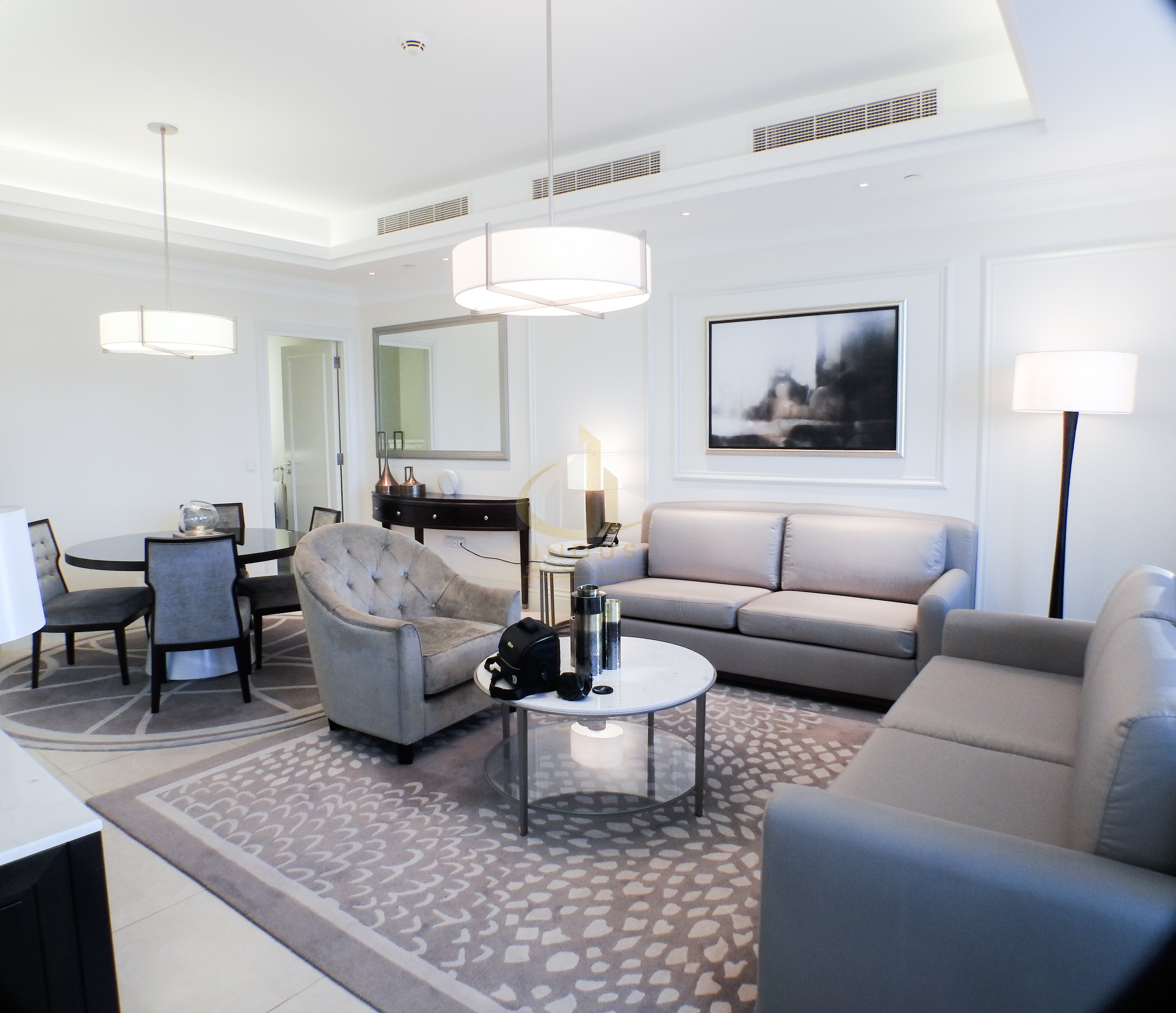 On High Floor| Vacant | Genuine Listing| Furnished Main image
