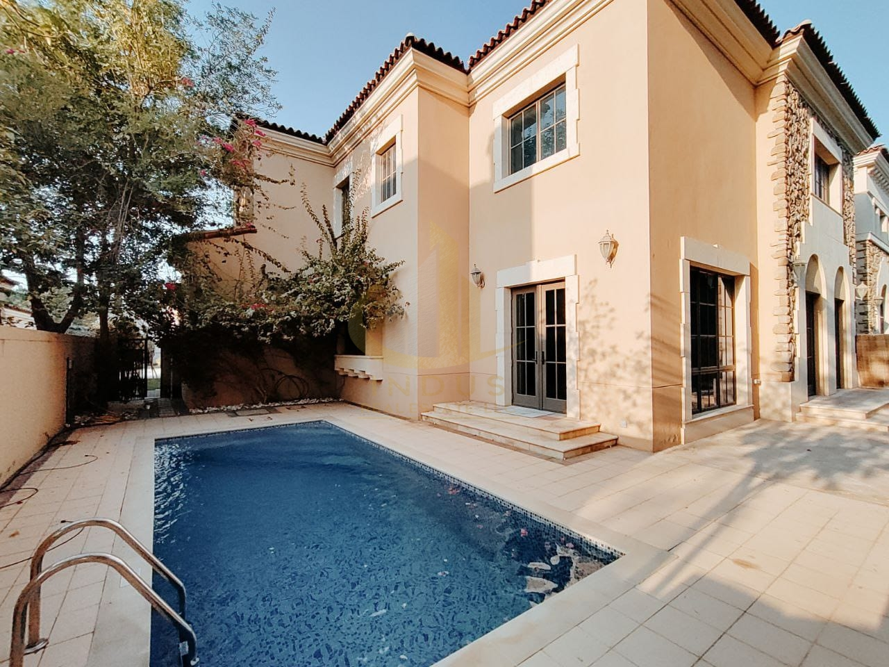 Private Pool and Garden    Spacious 4BR+Maids   Golf Community Main image