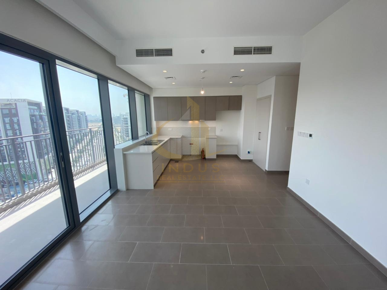 Brand New Ready to Move in | 3 Bedrooms | Park Heights Main image
