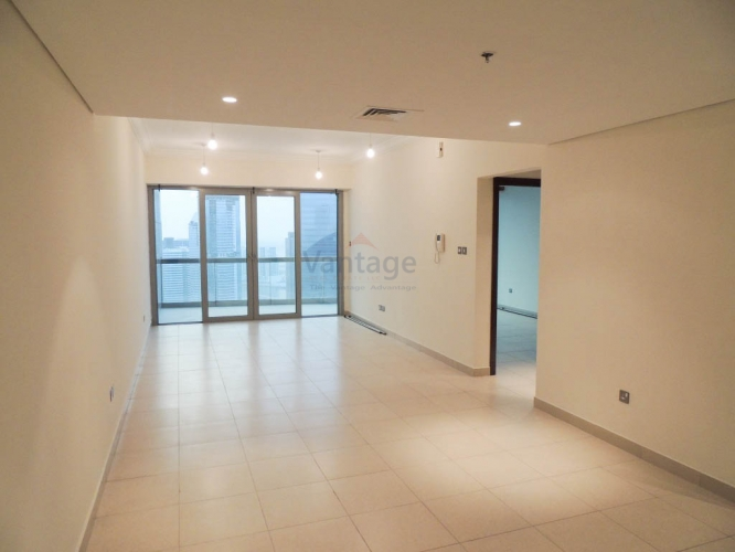 vacant-bright-high-floor-with-sea-view