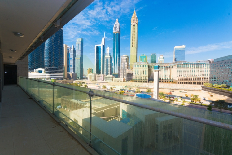 spacious-2-br-apt-in-burj-daman-w-difc-view