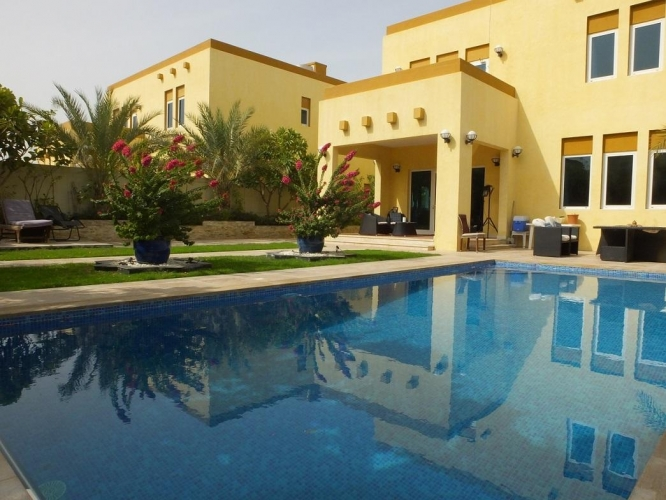 a-3br-heritage-large-with-large-pool
