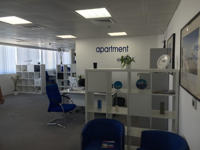 vacant-fully-fitted-office-in-business-tower