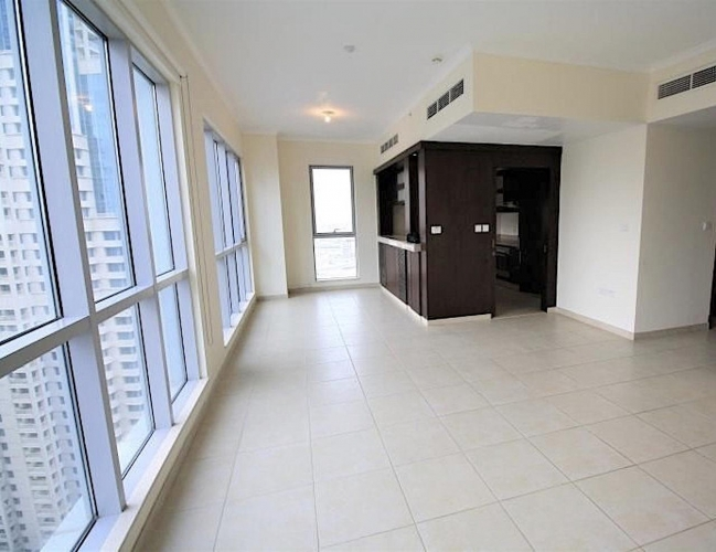 great-layout-1-br-no-construction-around