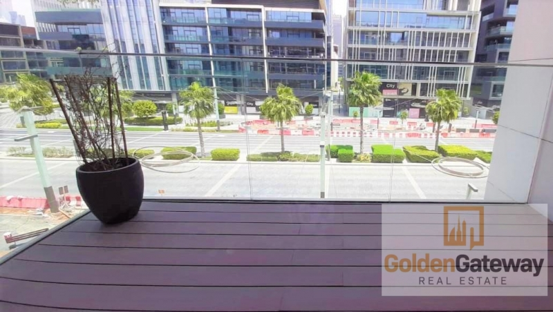 Stunning Boulevard View-Well Maintained European Style Lay out
