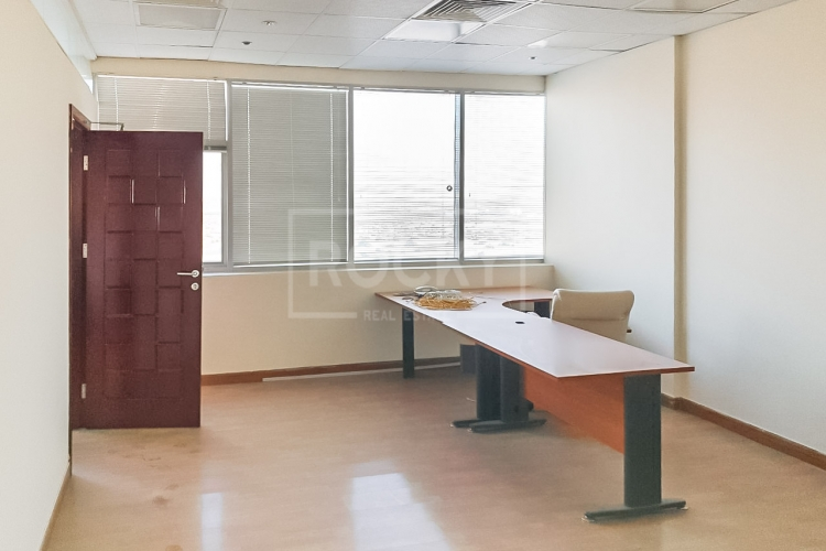1 Month Free | Fitted Office | Chiller Free