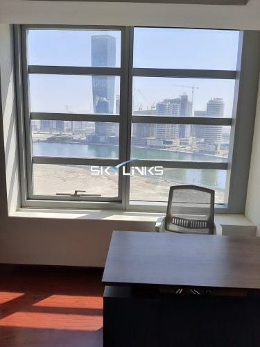 12 Cheques option. Fitted Office Space For Rent