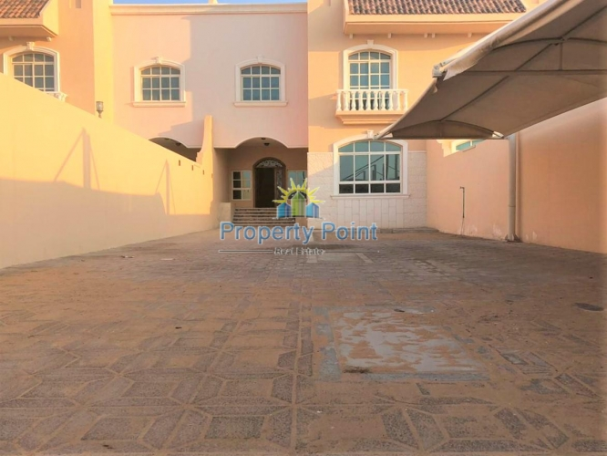 Available Now. Great Location. Large 5-bedroom Master Villa w/ Maids Room and Parking in Shakhbout City